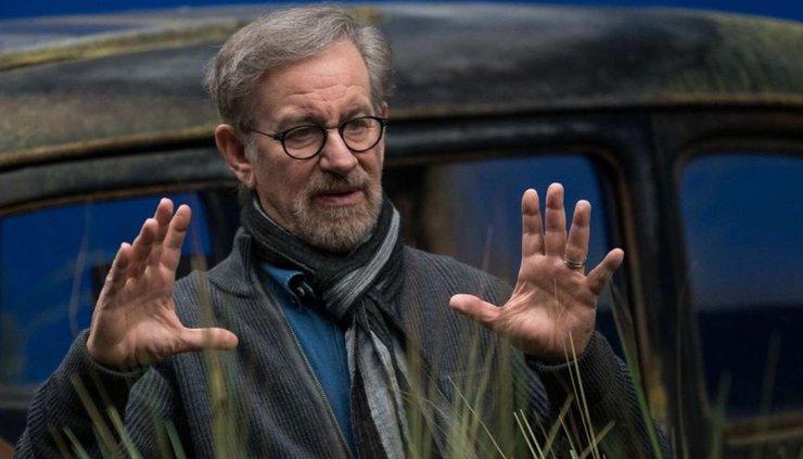 Спилберг стал первым режиссёром, чьи фильмы собрали 10 млрд  долларов