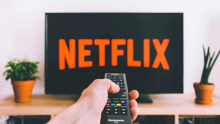 Чёрные ковбои, толстые супергероини, сексуальная Ана де Армас и очень много сильных женщин — все 70 фильмов, которые выйдут на Netflix в 2021 году